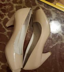 Krem lakovane cipelice