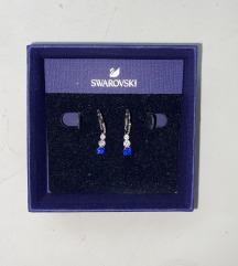Swarovski mindjuse srebrne s plavim kristalima