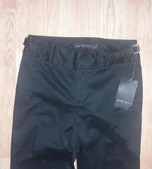 Zara nove crne poslovne pantalone snizeno
