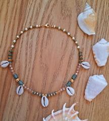 Popularna letnja ogrlica sa skoljkama