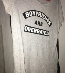 H & M BOYFRIENDS ARE OVERRATED majica