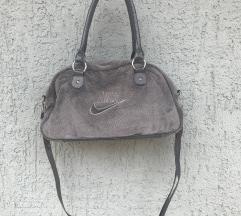 Nike torba siva, mekana