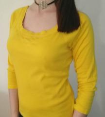Žuta majica tri četvrt rukava
