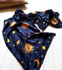 Svilena marama rucno slikana (mesec,sunce...)