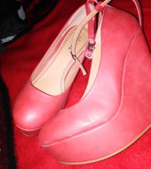 Crvene cipelice broj 40 nove super snizene