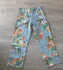 letnje pantalone nove