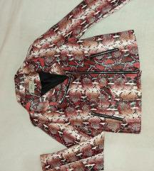 Nova jakna zmijski print