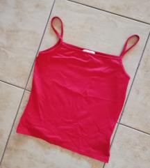 Kratka crvena uska majica, pimkie