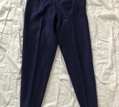 aktuelni model pantalone like a Zara