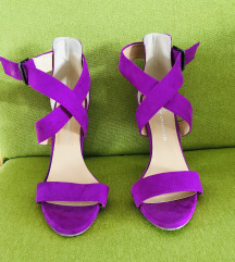 pink\purple sandale na visoku stiklu