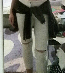 Bele pantalonice S