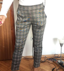 Esmara pantalone poslovne karirane
