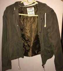 Maslinasta Bomber jakna punjena perjem