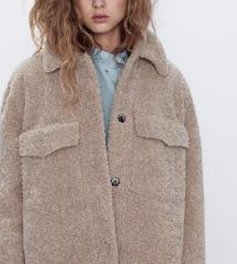 ❤️Snižena 5000💗Zara kratki kaput teddy Novo M
