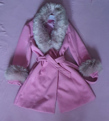 Roze kaput krzno se skida