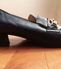 Ženske cipele, 2 para