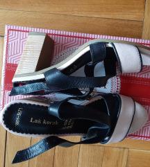 Ženske kožne sandale