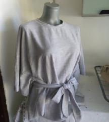 Zara trafaluc siva majica M/L