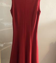 Crvena strukirana haljina
