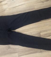 Pantalone na tufnice