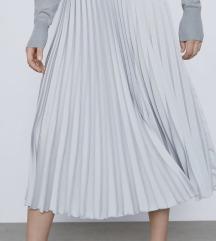Zara suknja XS velicina