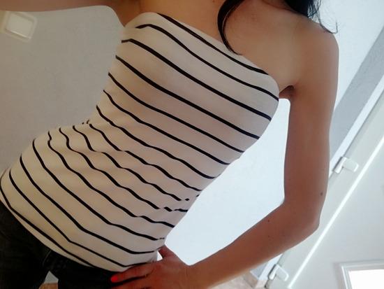 Top majica h&m 🌼🌼🌼rasprodaja