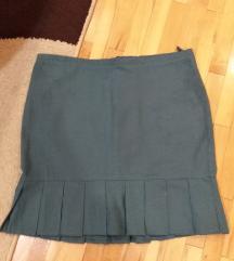 Zelena pelpum suknja