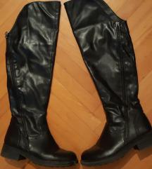 Crne cizme broj 36 SADA 500