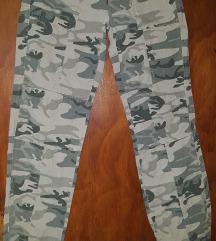 Maskirne pantalonice