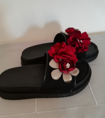 Cvetne papuce