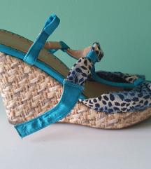 Sandale na platformu 2para