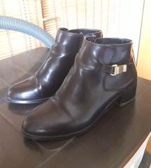 Duboke tamnobraon cipele