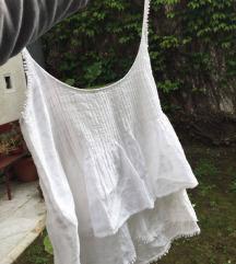 ZARA leprsava bela majica na bretele
