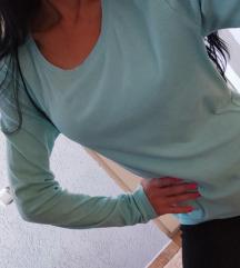 Bluza nezno plave