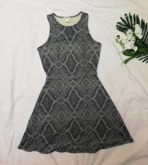 H&M plava haljina sa printom S/M