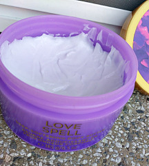 Victoria's Secret Love Spell -buter za telo