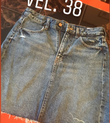 H&m suknja nova vel 38 sada 1300