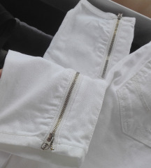 Tom Tailor pantalone od cvrstog teksasa sa zipom