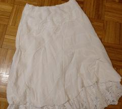 Bela boho suknja