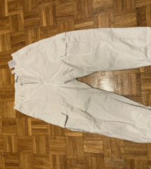 ZARA svetle kargo pantalone