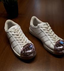 SNIŽENJE Adidas superstar
