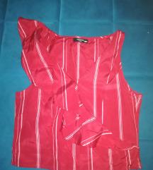 Crvena majca s karnerima