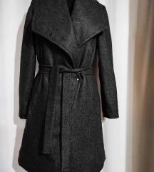 Nov zimski baš debeo kaput