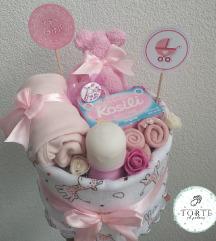 Mini tortica od pelena za devojčicu
