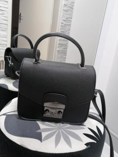 ✨Nova crna torbica ✨