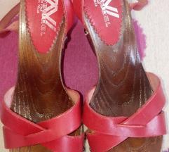 Crvene kožne sandale