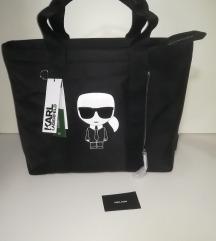Karl Lagerfeld %% NOVA TASNA