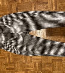 Karirane crno bele pantalone