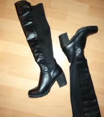 Crne čizme duboke obložene