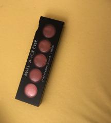 Make up forever paleta za usne